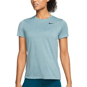 NIKE women dry fit  shirt size M